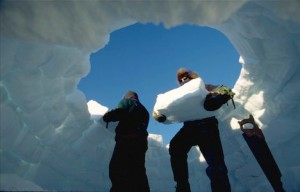 Building igloo